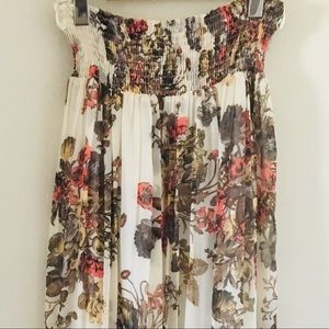 Dresses & Skirts - ✨2 for 30✨ Lovely floral pleated maxi skirt